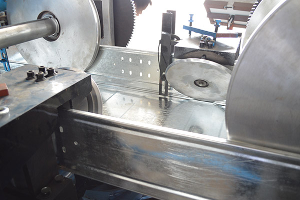 Export to Austria Metal Forming machine for Cable tray production will be completed end of this weekend.