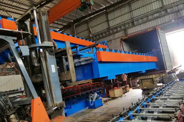 Floor plate steel plate roll forming machine export
