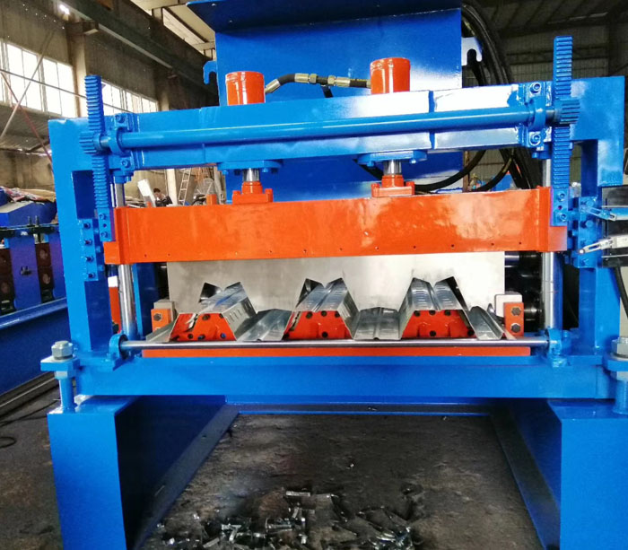 Floor Deck Machine for Construction Material