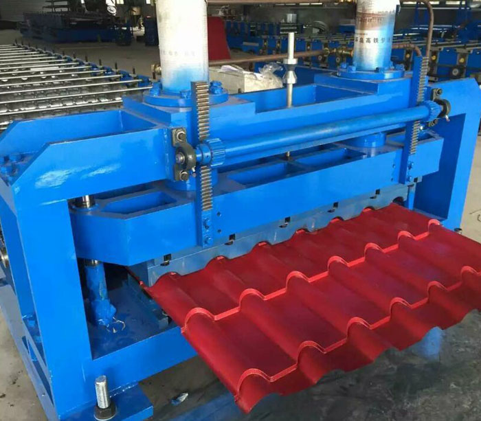Bamboo type glazed step tile roofing panel roll forming machine