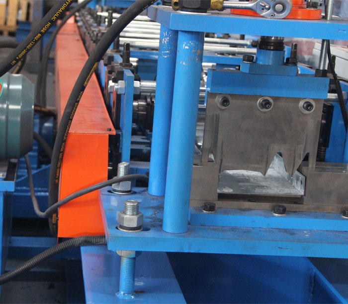Door industry roll forming machine for customized metal frame