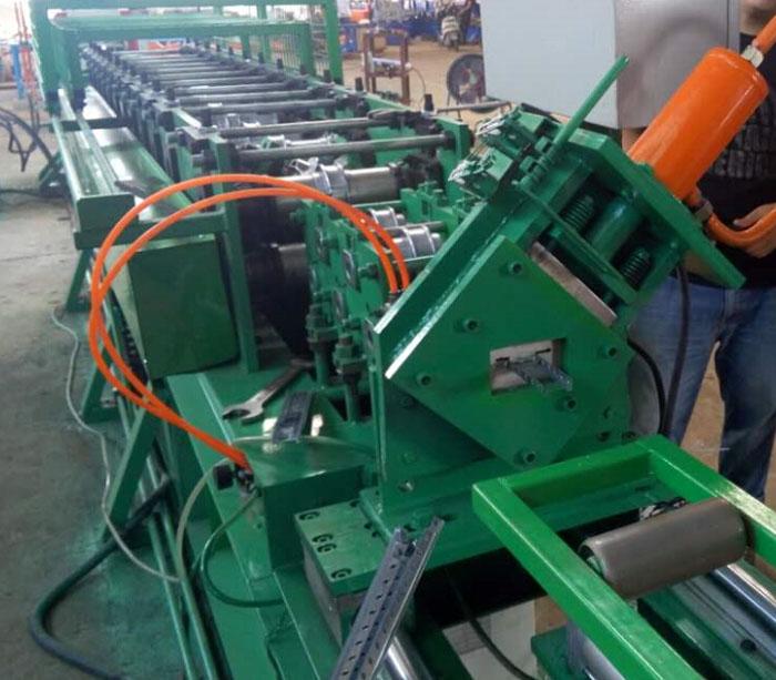 Channel roll former machine