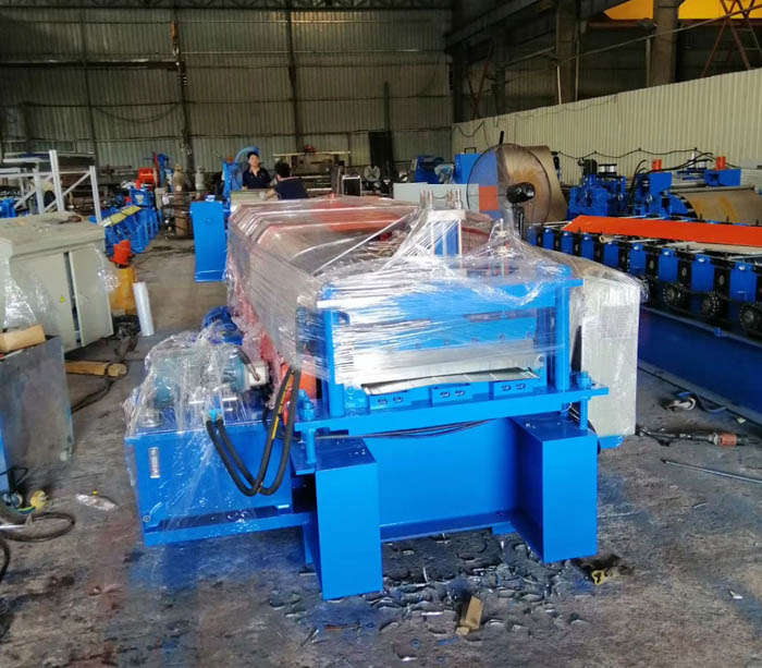 Galvanized steel sheet reinforced truss floor slab roll forming machine for girder slab decking floor panel