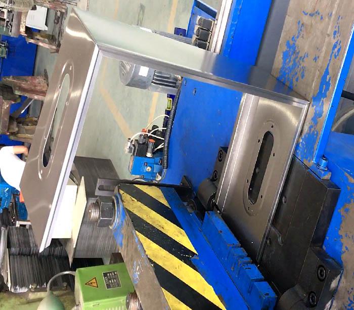Sheet metal box roll forming machine for distribution board & modular box making