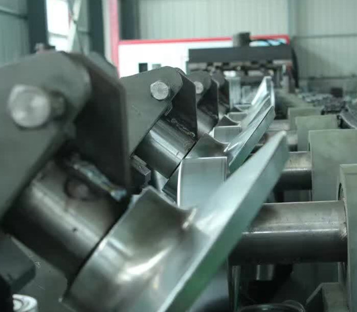 C Z Interchangeable Purlin Roll Forming Machine